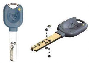 Sistema de llaves del bombillo antibumping LocXis
